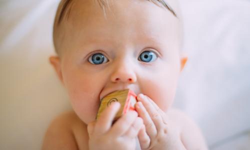 9 Simple Teething Hacks To Soothe Your Babies Gums